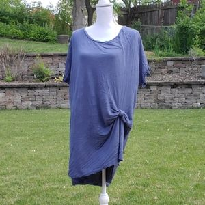 Hannah blue tunic top with a twist front XL